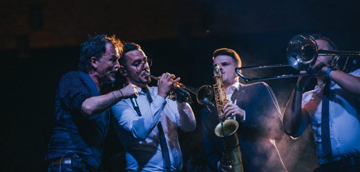 Gibonnijeve dvi i po' ure glazbene kulture u Osijeku